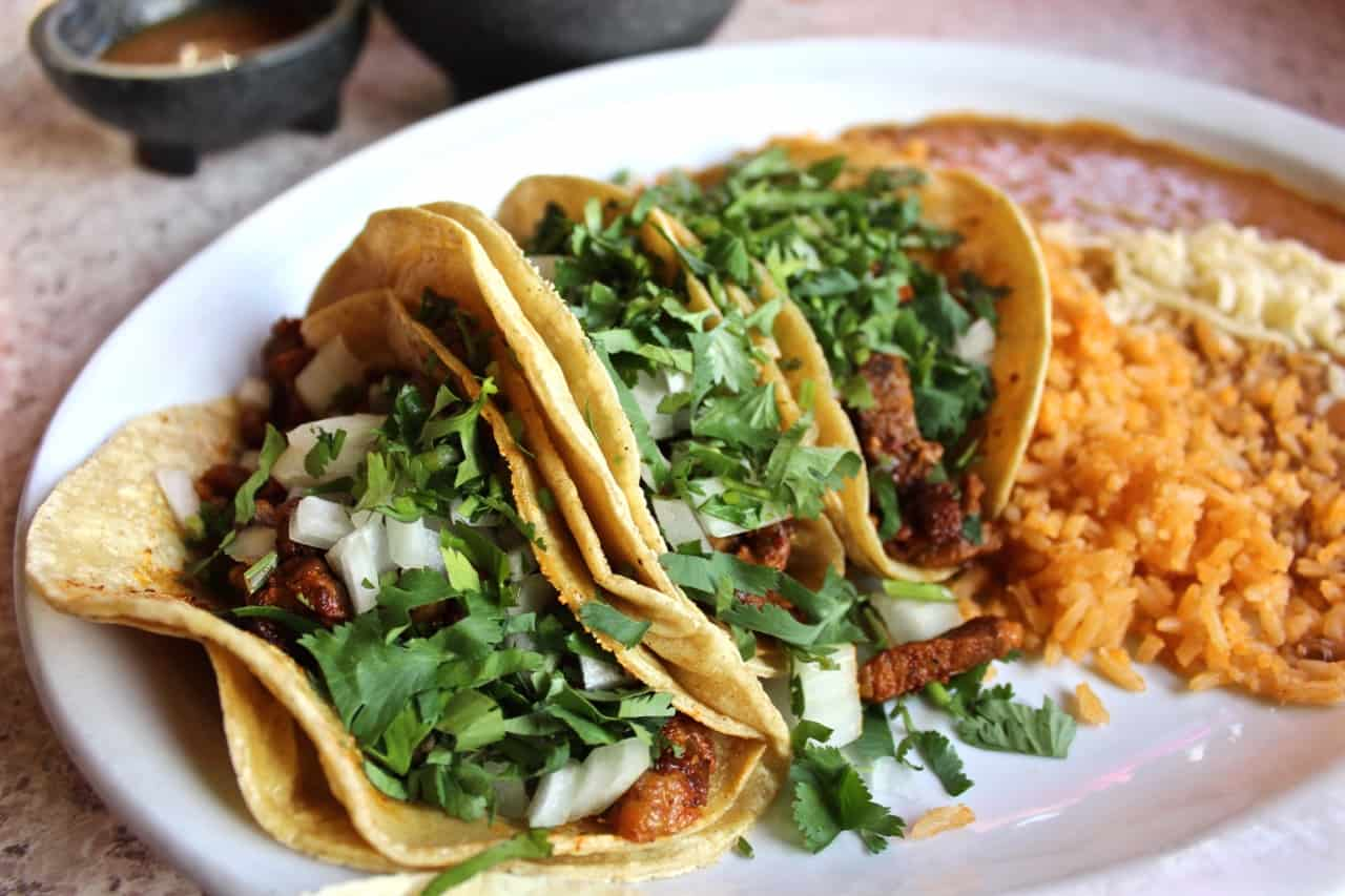 From authentic Mexican taco truck fare to artisanal Cali-Mex sit-down restaurants, Milwaukee is arguably the taco capital of Wisconsin! femalefoodie.com