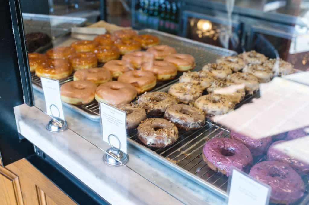Female Foodie: Sidecar Doughnuts
