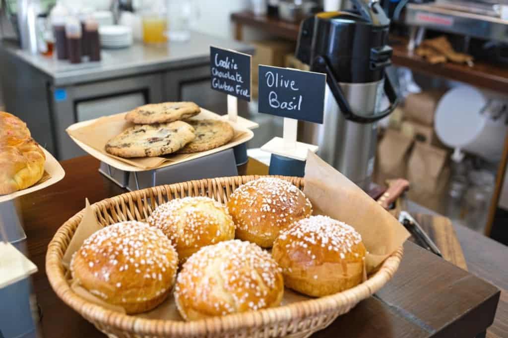 Santa Barbara Bakery: Bree'Osh