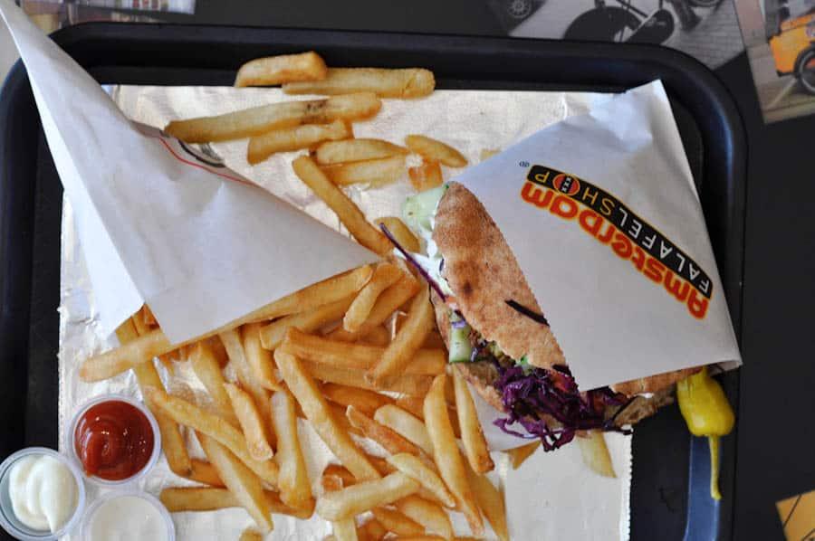 Female Foodie DC: Amsterdam Falafelshop