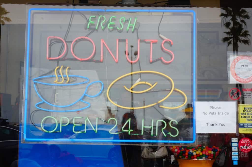 Female Foodie: Seaside Donuts