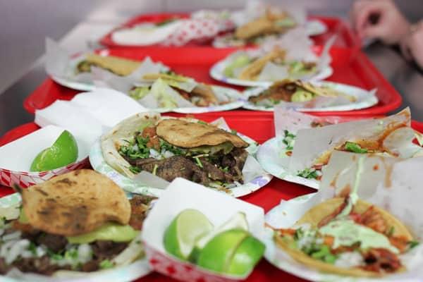 Female Foodie Las Vegas: Tacos El Gordo