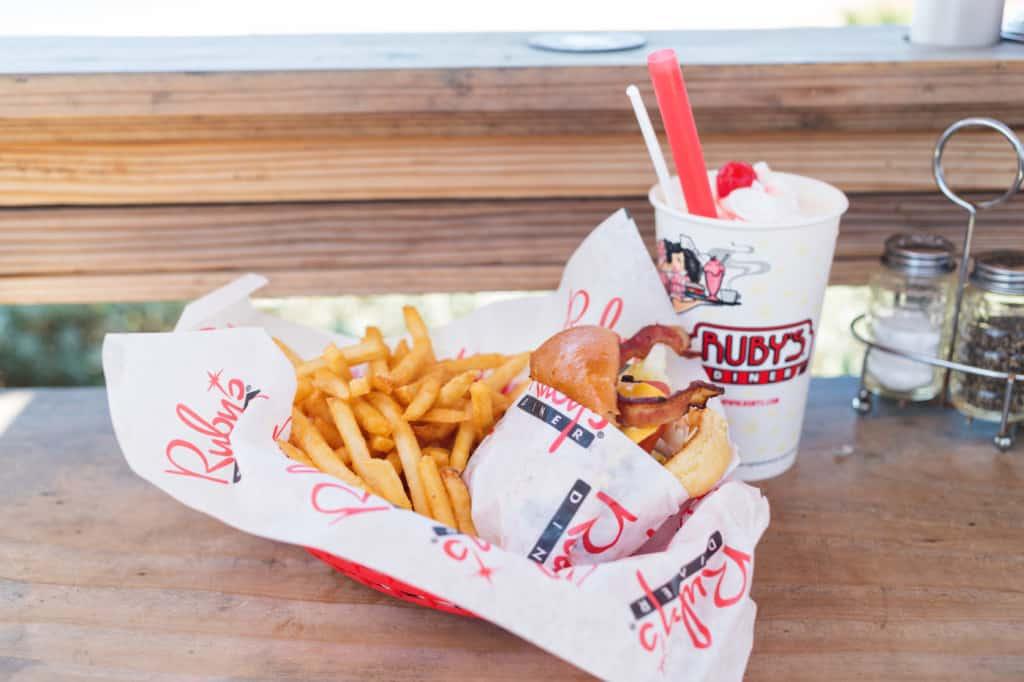 Female Foodie Orange County: Ruby's Diner