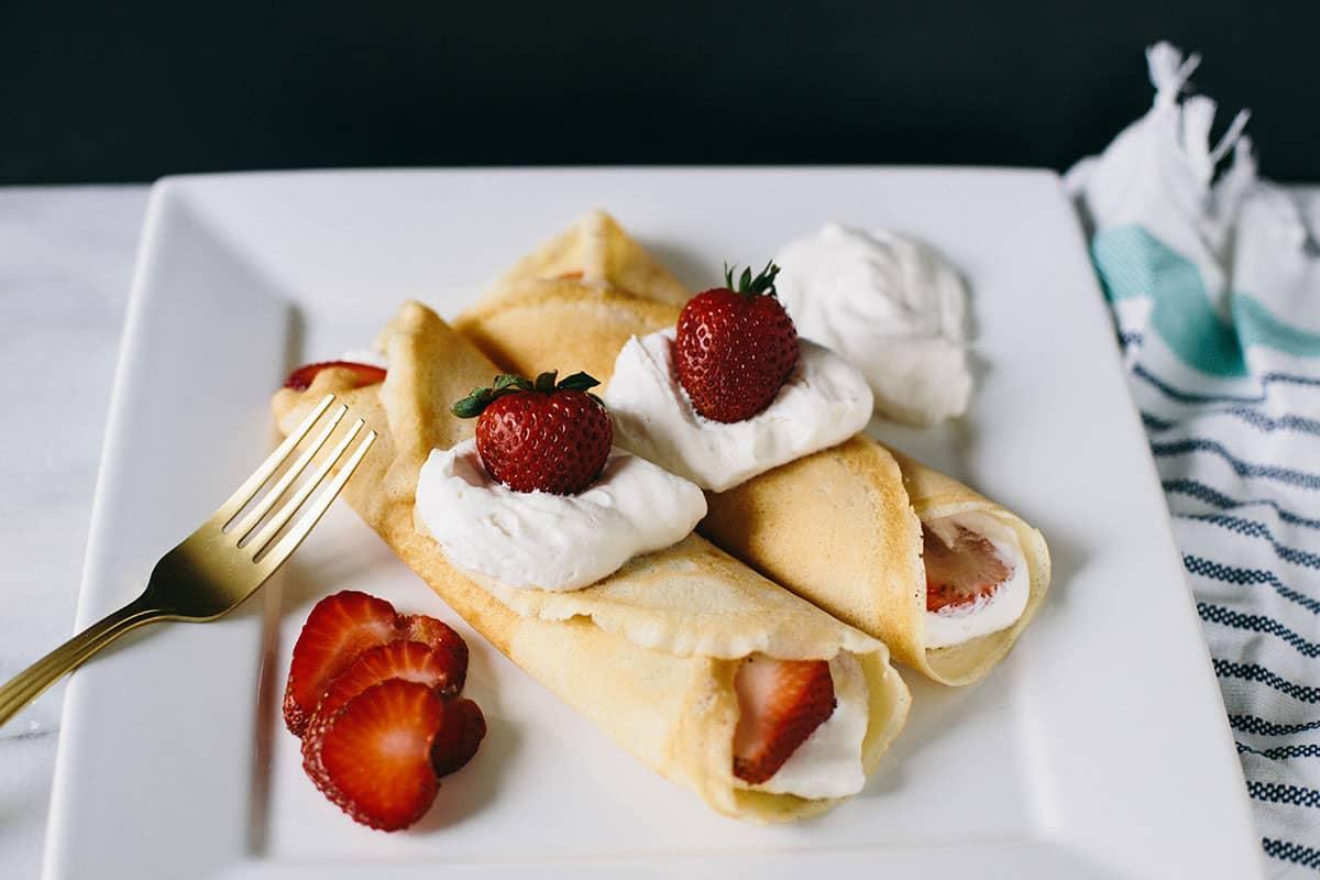 Dessert Crepes: strawberry and cream dessert crepe