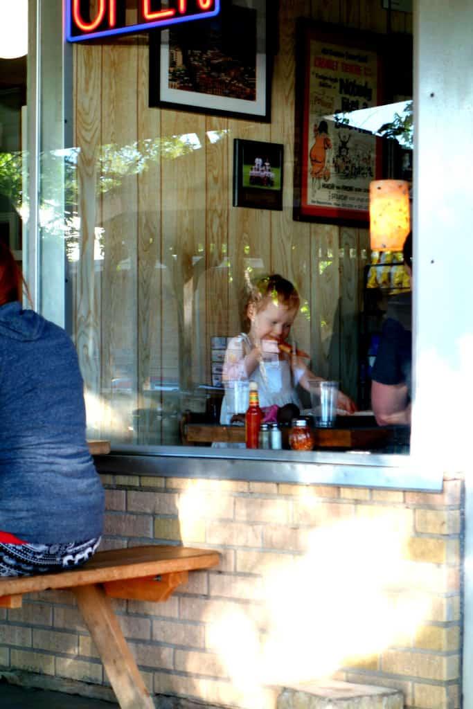 Austin: Little Deli & Pizzeria
