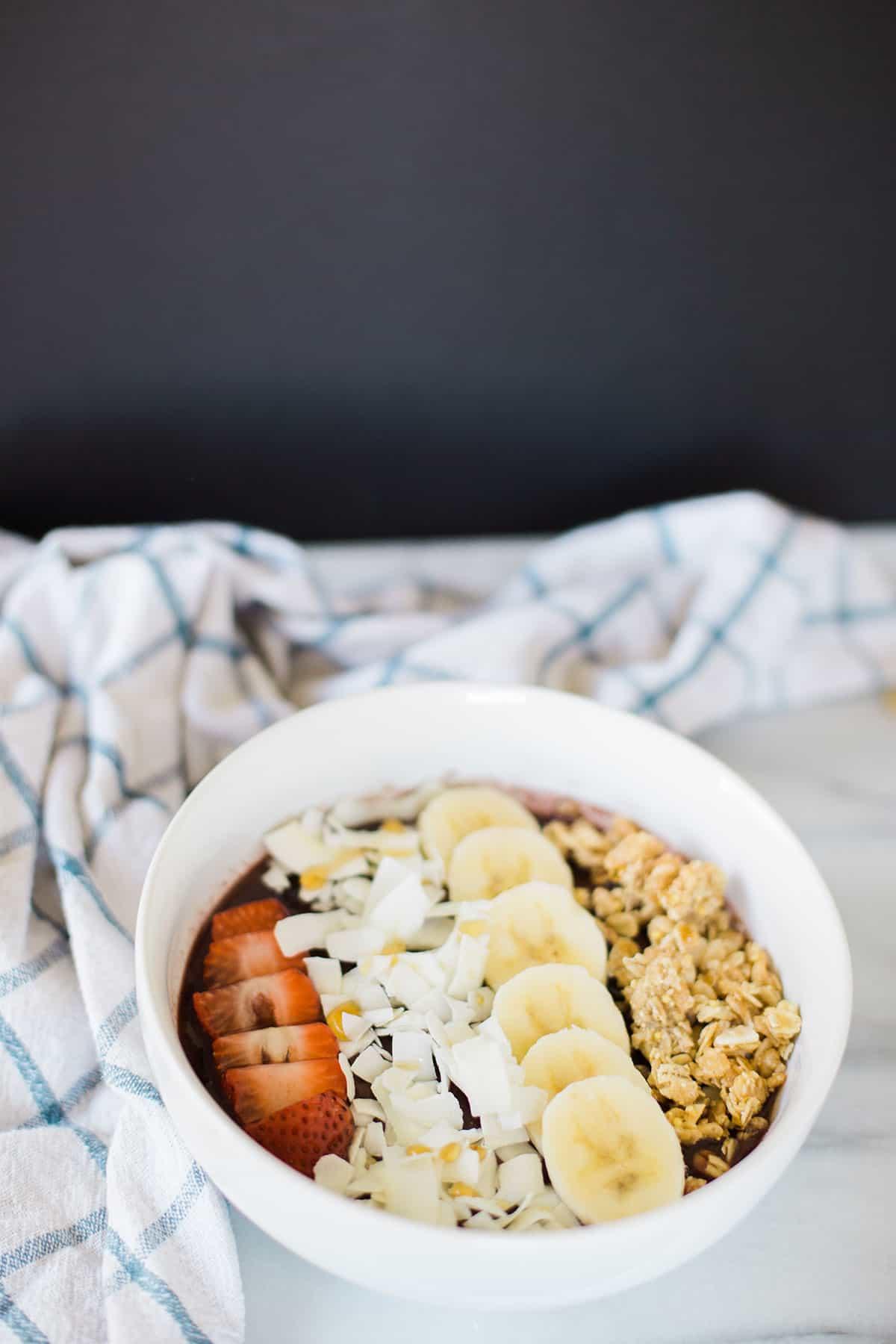 peanut butter acai bowl