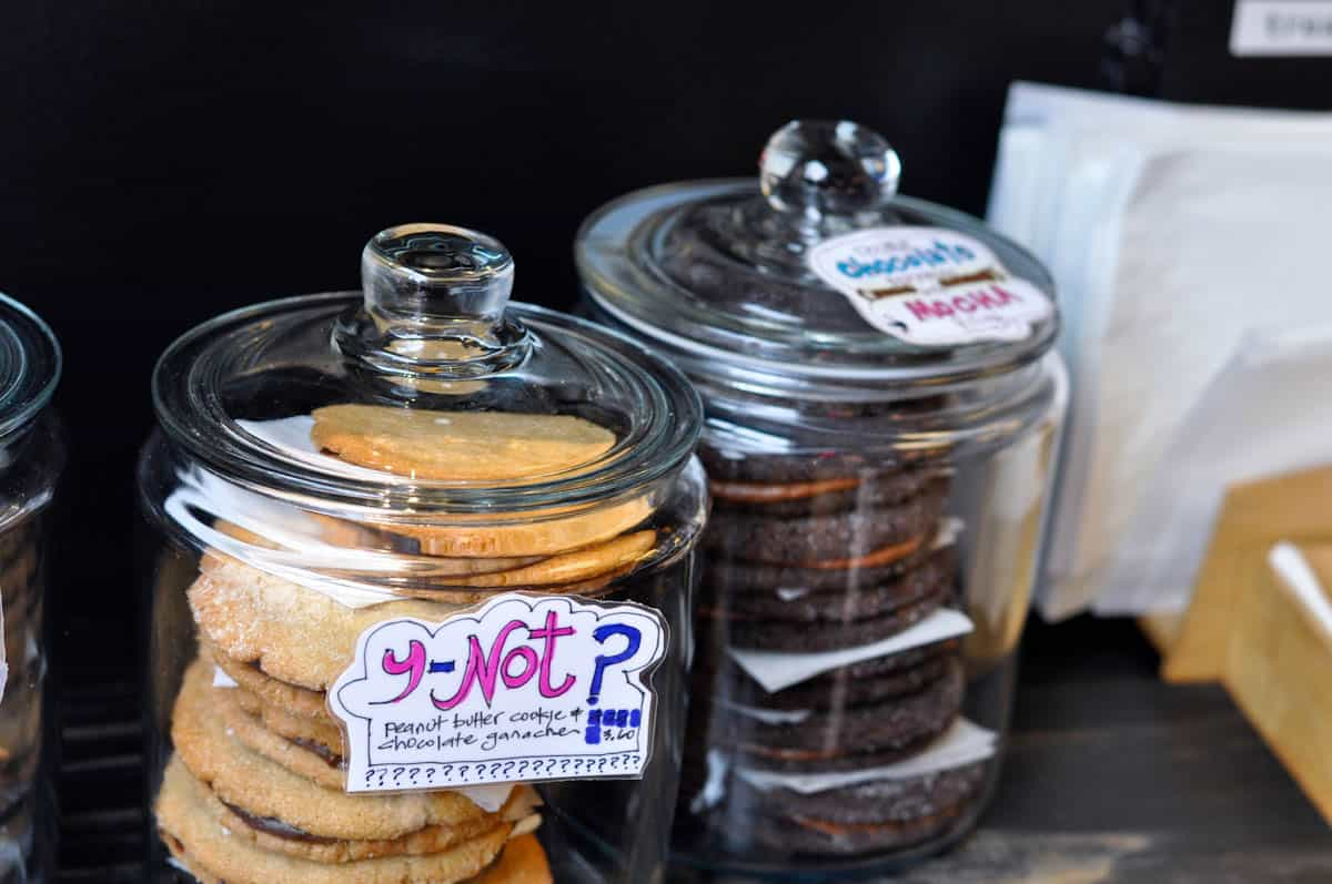 baked_and_wired_cupcake_washington_dc-13