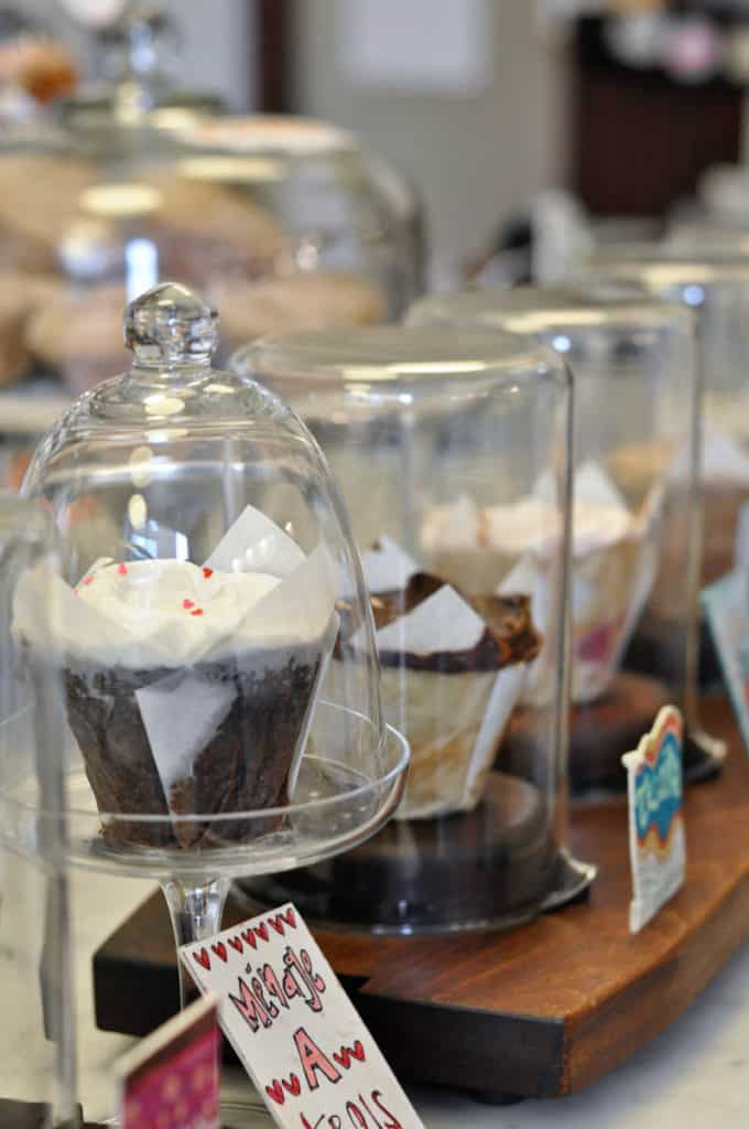 baked_and_wired_cupcake_washington_dc-6
