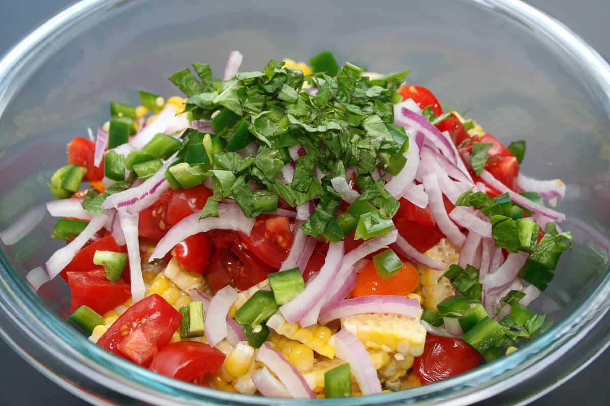 This summer corn salad is loaded with fresh corn, tomatoes, red onion ...