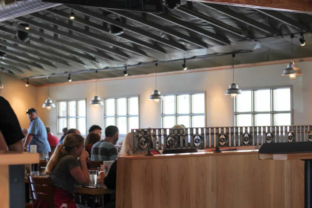 Female Foodie SLC: Porcupine Pub & Grill