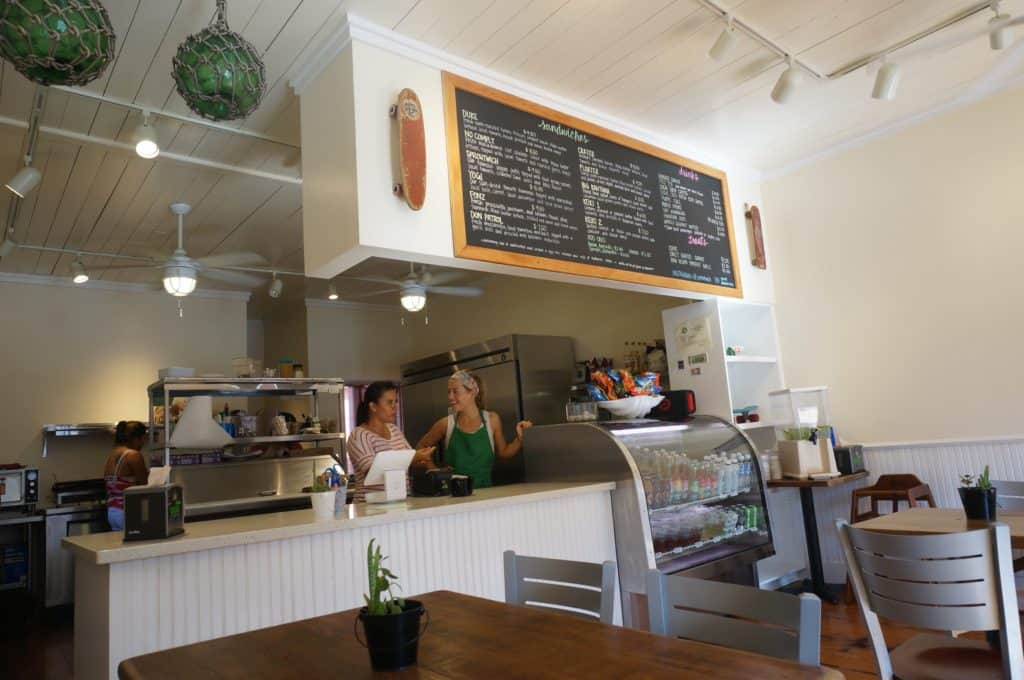 A favorite restaurant on Oahu's North Shore | Female Foodie