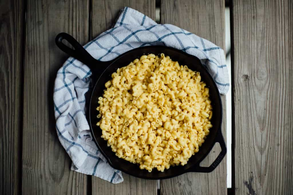 Skillet Mac and Cheese! This recipe is perfect for camping or when you need a quick meal at home. Full recipe at femalefoodie.com!