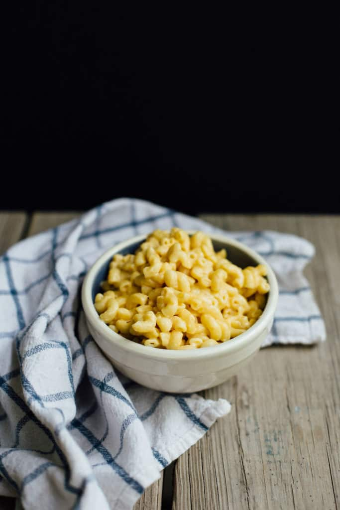 Skillet Mac N Cheese! This recipe is perfect for camping or when you need a quick meal at home. Full recipe at femalefoodie.com!
