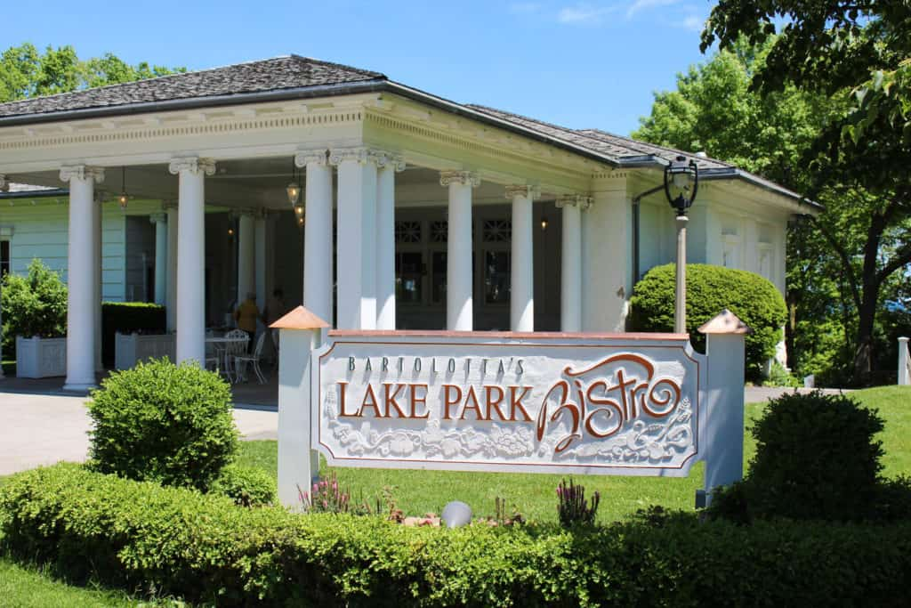 Female Foodie Milwaukee: Lake Park Bistro
