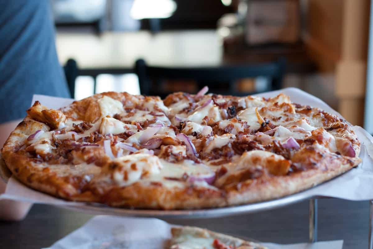 Mangia Neapolitan Pizzeria in Draper, UT | Salt Lake City eats | Utah food | Utah pizza