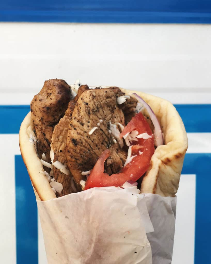 Greek n Go is bringing delicious flavors to Provo with its gyros, fries, and salad. Located right next to BYU, this food truck is always a great option.