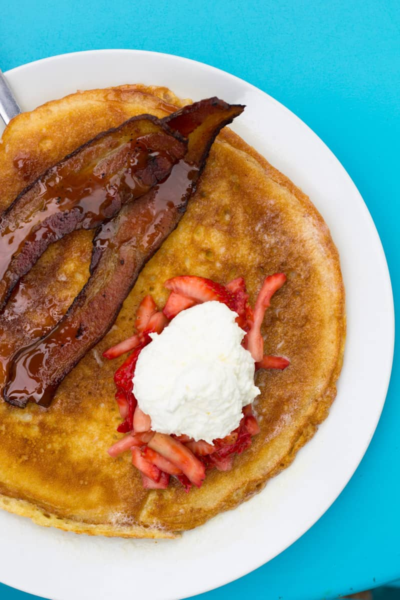 A local's guide to the best breakfast & brunch in San Antonio with diverse recommendations from french toast to chilaquiles to pancakes!