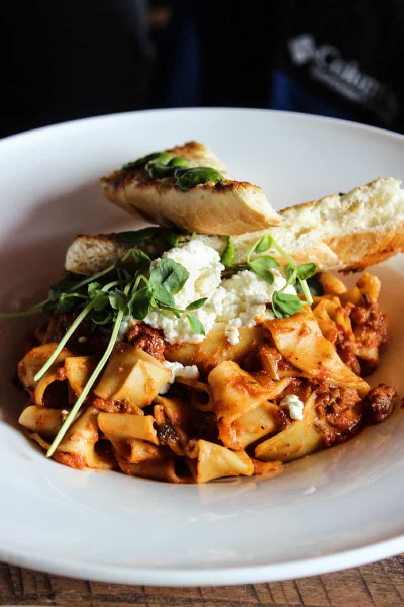 6 Best Utah Ski Resort Dining Options: eat incredible food next time you come to Utah to ski in the world's greatest snow!