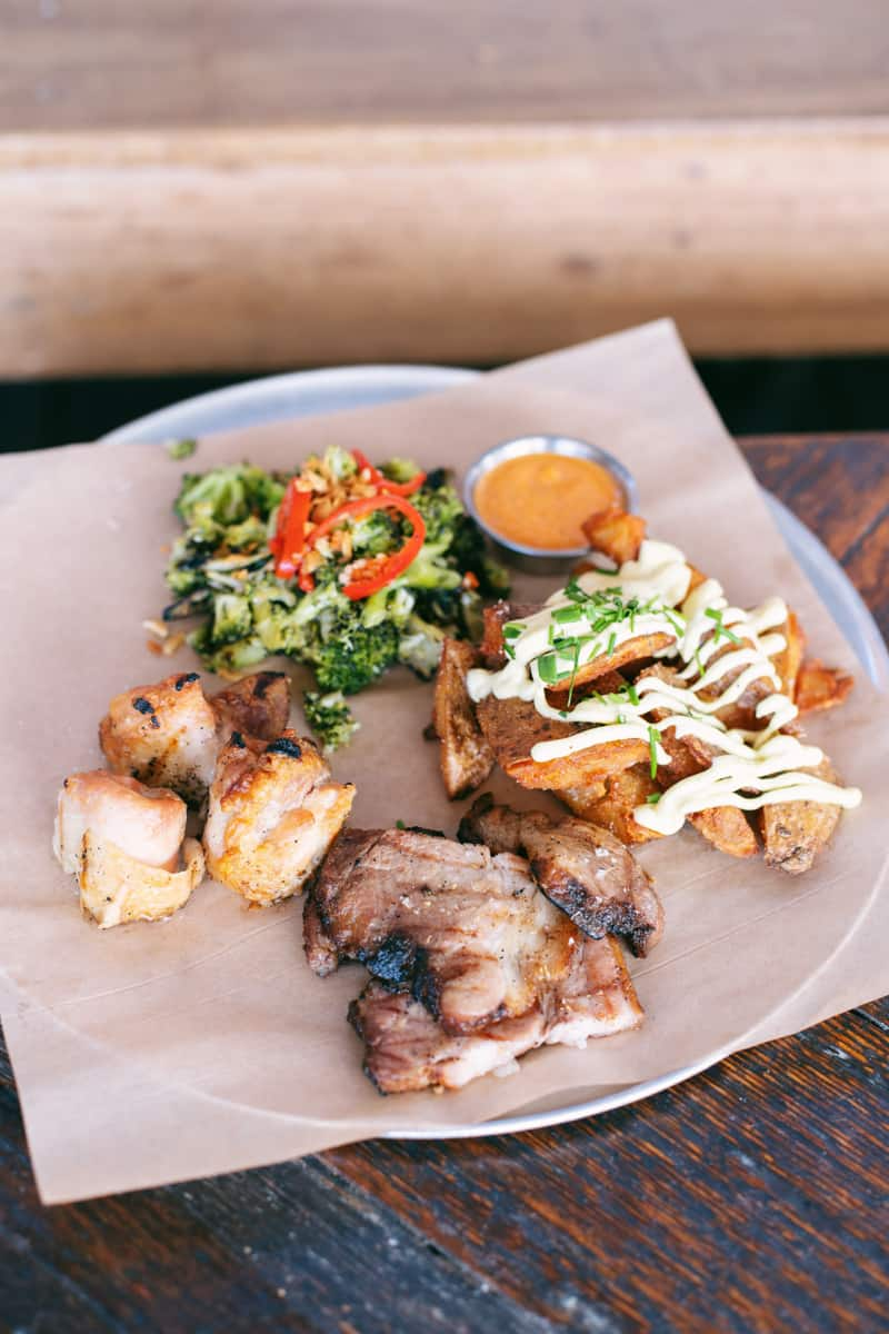 The Highlands neighborhood is a popular, walkable area with plenty of good eats! Here, we round up the very best restaurants in Highlands Denver.